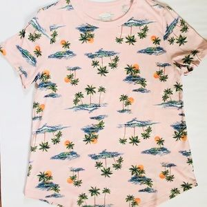 Old Navy Tops - Old Navy Palm Tree Top 🌴